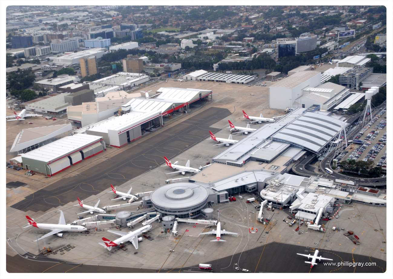 Sydney Airport Domestic Terminals | phillipgray.com