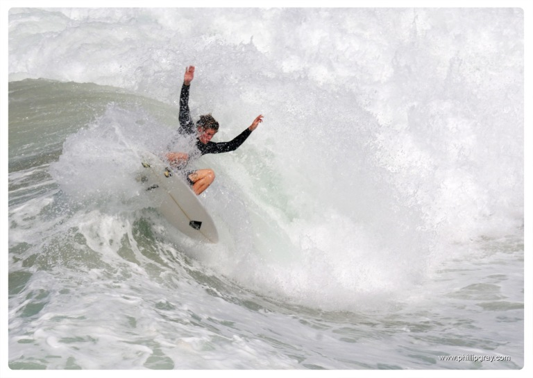 Sydney - Queenscliff Surfer3