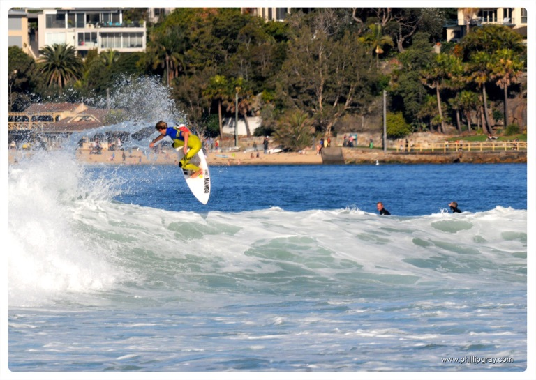 Sydney - Manly Surfer2